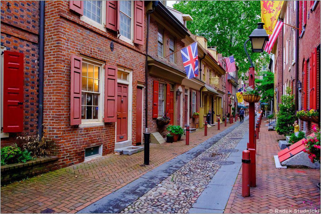 Elfreth\'s Alley