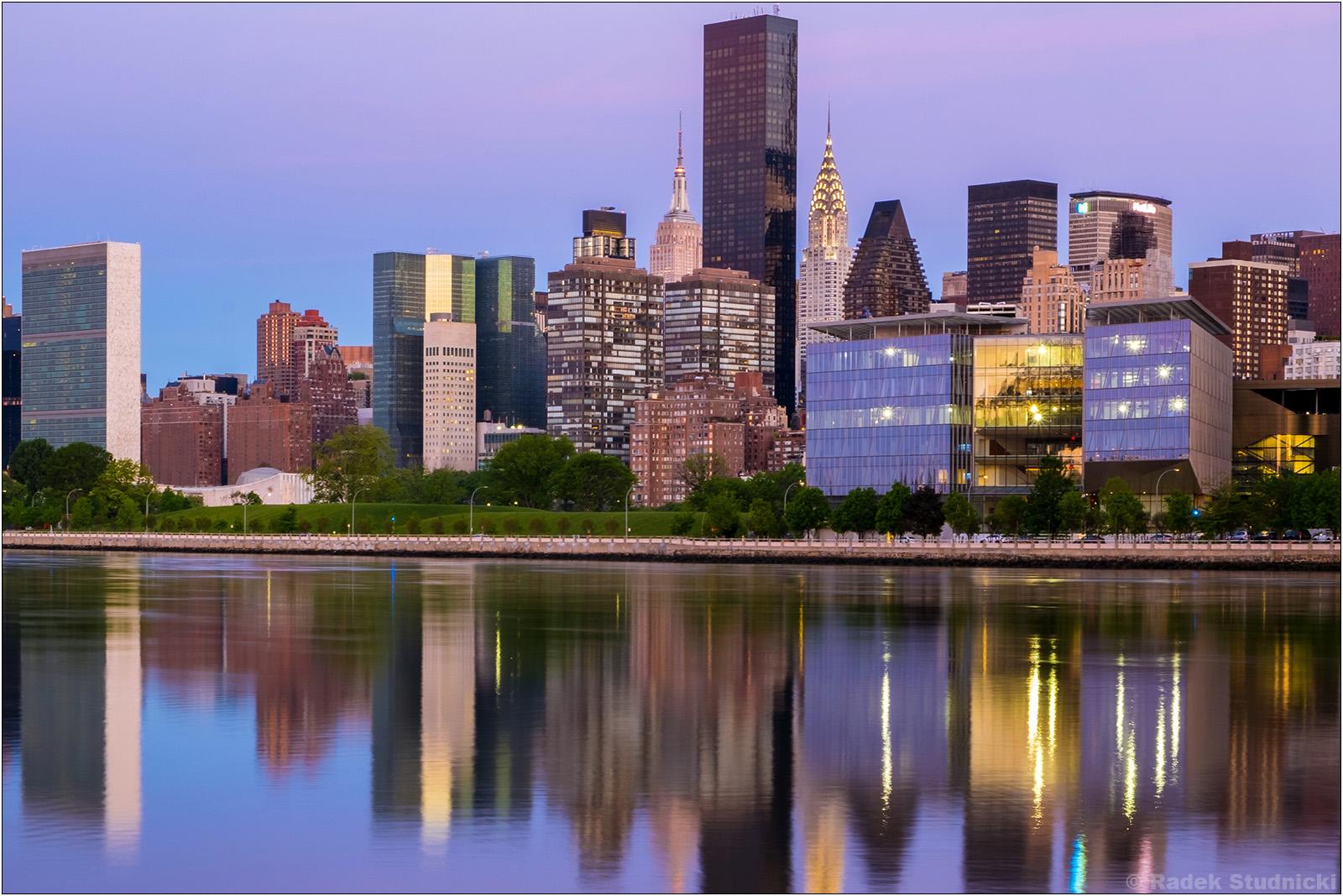 Środkowy Manhattan przed wschodem słońca