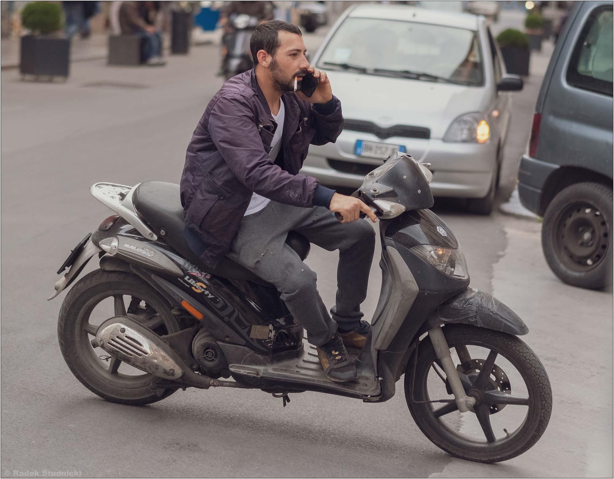 Typowy włoski kierowca
