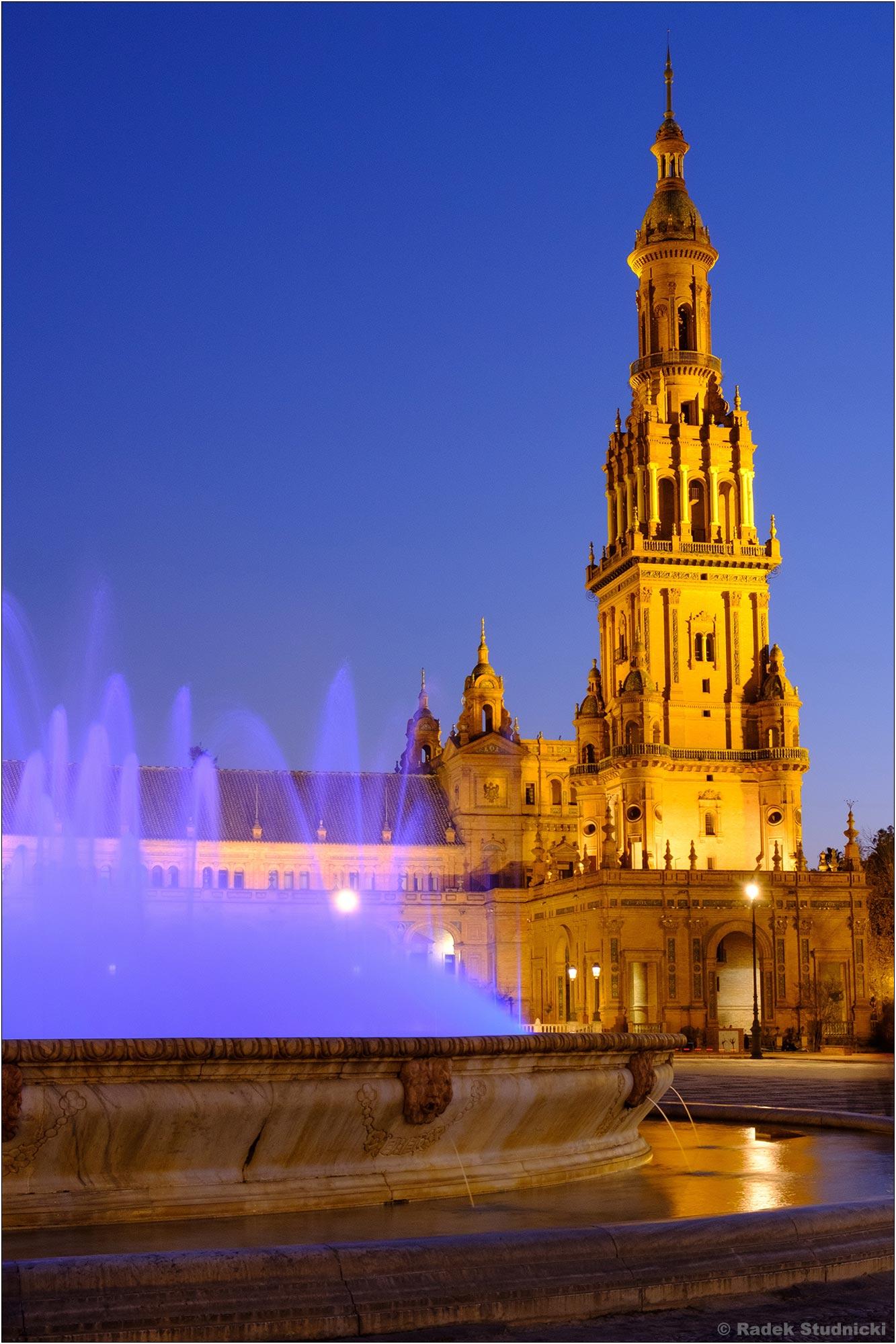 Plaza de España nocą