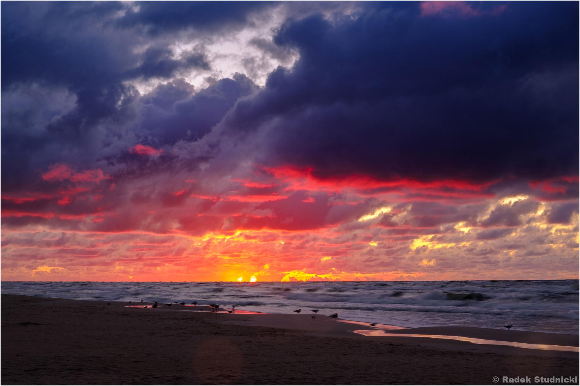 Czerwone niebo nad Bałtykiem